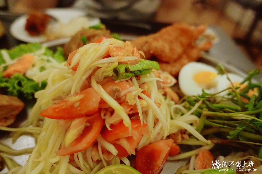 曼谷平價美食東北菜米其林一顆星